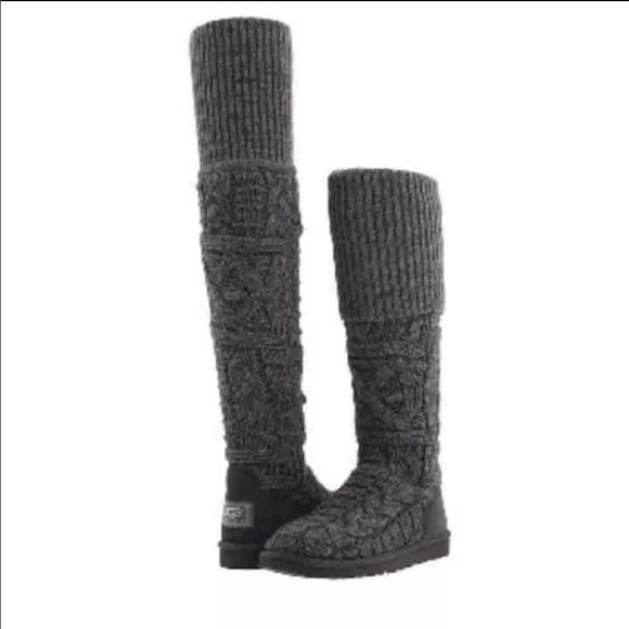 63f48f44162 Authentic Ugg Over the Knee Cable Knit Boots. M 5a4868c88af1c5b23d18e07d